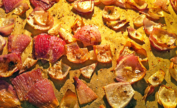 Backvorgang Mango-Zwiebel-Chutney