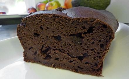 Schoko-Kuchen mit roter Bete
